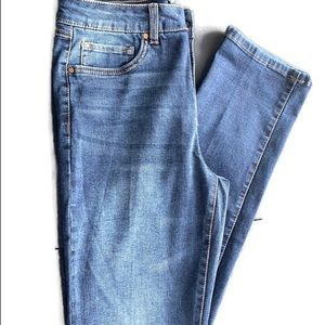 d. Jeans. Skinny ankle length medium wash